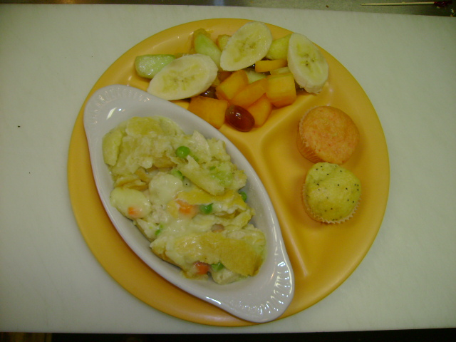 Chicken Pot Pie w/Fruit & Mini's